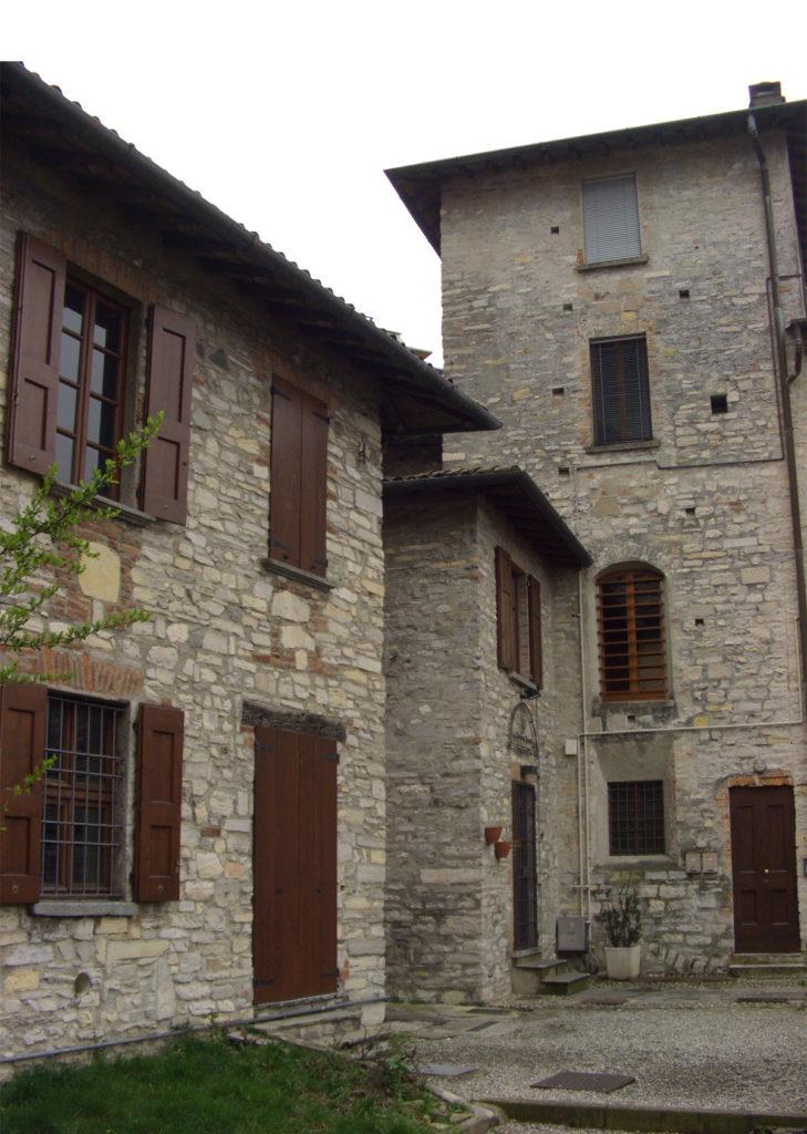 edifici del borgo di coloniola